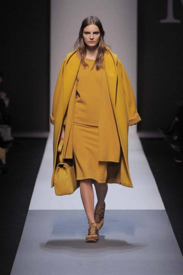 0-Kim-Kardashians-New-York-City-Max-Mara-Fall-2013-Mustard-Yellow-Coat-Purple-Crop-Top-Lanvin-Side-Ruched-Skirt-and-Tom-Ford-Sandals