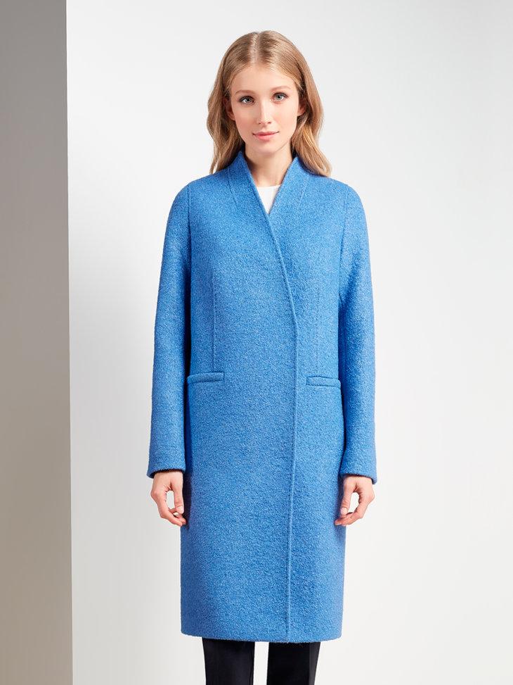 Подобный атрибут одежды считается не только практичным от ветра, также плащ  является неотъемлемой частью модного образа весной и осенью. 1f8aa93b57b